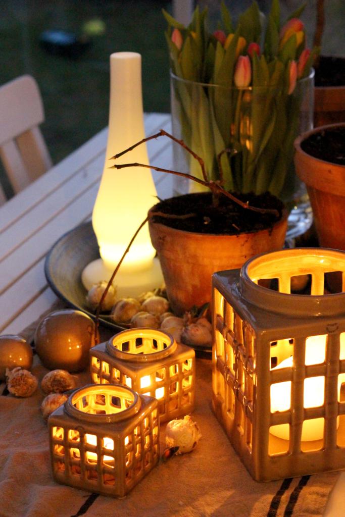 Lys i hagestuen