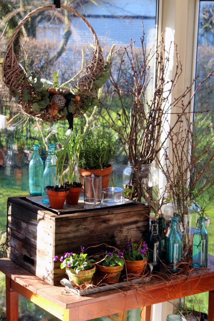 Et «vårteater» i hagestuen!